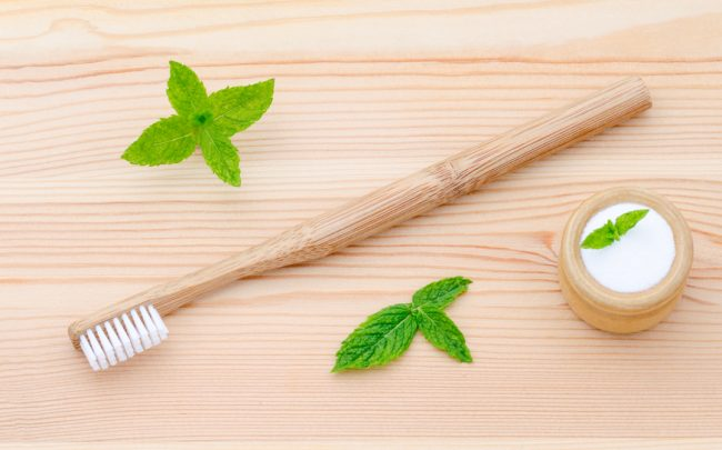 How to Choose a Natural Toothpaste